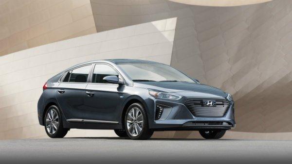 2017-hyundai-ioniq-hybrid