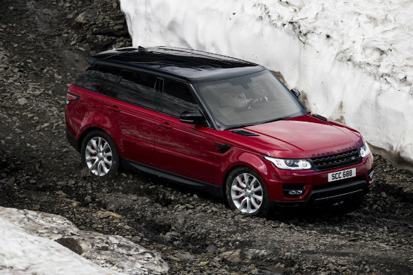 range-rover-sport-goes-where-very-few-skiers-dare-in-inferno-downhill-challenge_6