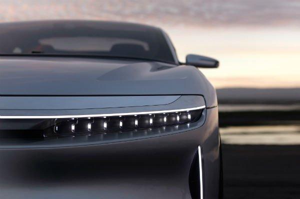 lucid-motors-air-front-headlight-details-w600-h600