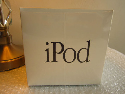 original-ipod-in-sealed-box-is-200k-on-ebay-1