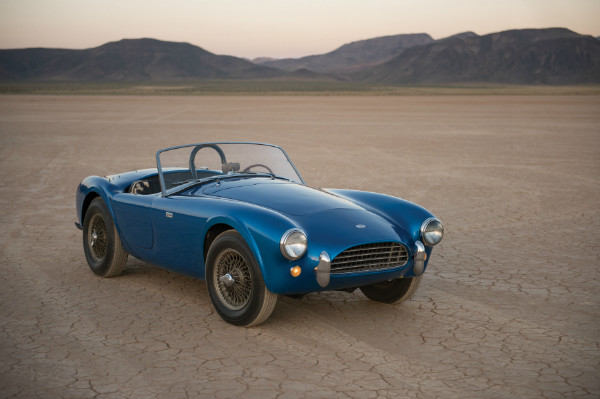 most-expensive-american-car-ever-sold-at-auction-is-carroll-shelbys-cobra_1