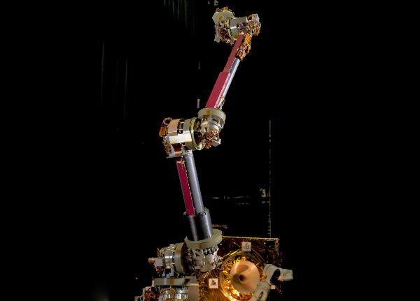 nasa-robotic-arm