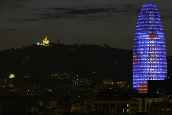 barcelona-torre-agbar-2-2330x1555