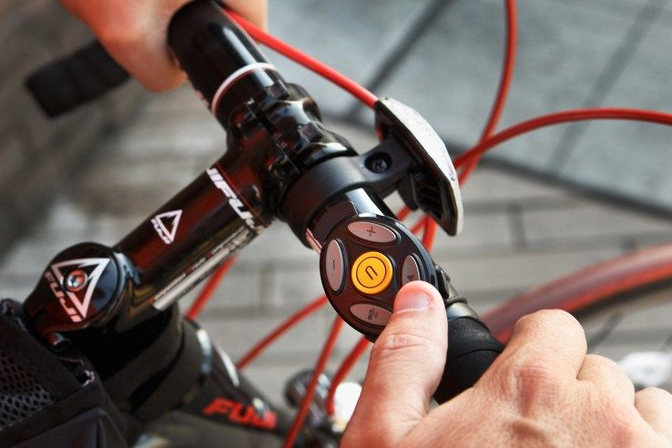 image_coros_smart_remote_and_bike_mount