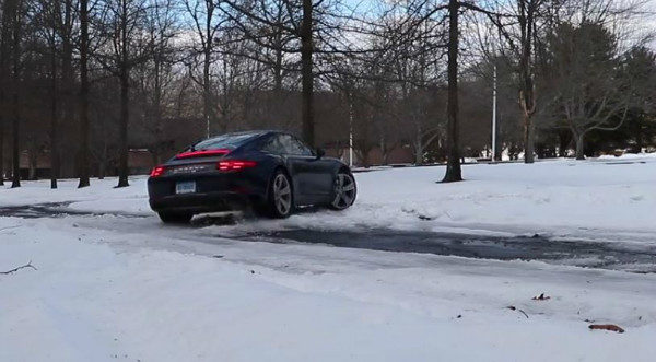 can the 2017 porsche 911 do a handbrake turn with its electric parking brake 4 600x331 کنترل کشش چگونه چسبندگی خودرو را افزایش می دهد؟ اخبار IT
