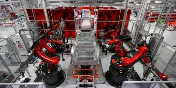 تعداد مازاد کارخانجات خودروسازی اروپا؛ چالشی تلخ برای قاره سبز