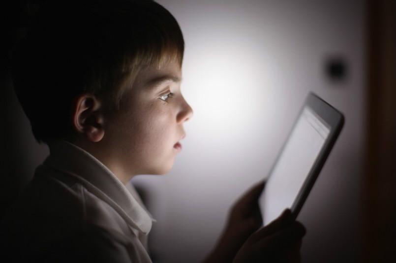تحقیق جدید از رابطه ناچیز استفاده از گوشی با افسردگی خبر می دهد
