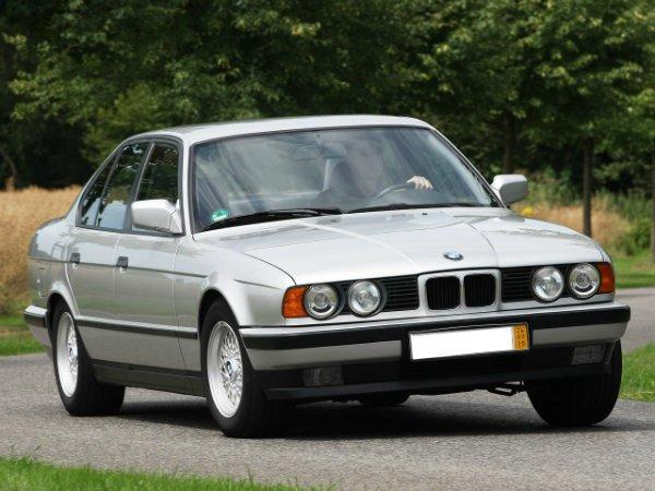BMW-5-Series--E34