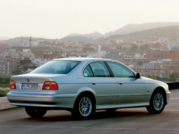 BMW-5-Series--E39