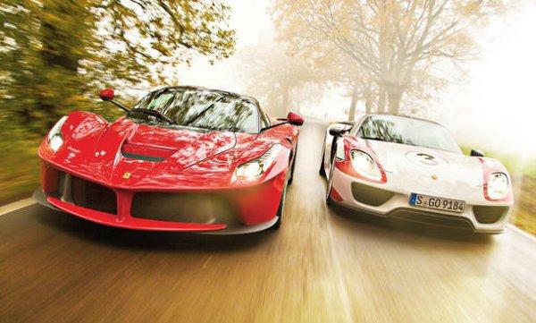 تصویر: https://digiato.com/wp-content/uploads/2017/12/Porsche-918-spyder-ferrari-laferrari.jpg