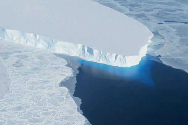 تغییرات اقلیمی و فرو رفتن سطح اقیانوس ها