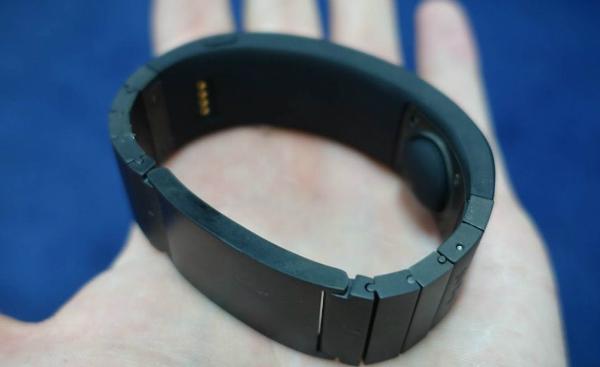 دستبند هوشمند Sgnl