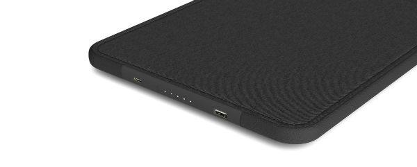 کیف محافظ IconConnected Power Sleeve شرکت Incase