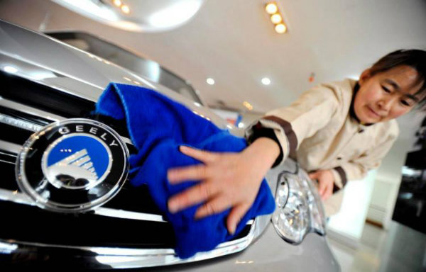 Geely Chairman Becomes Largest Single Shareholder At Daimler (4)