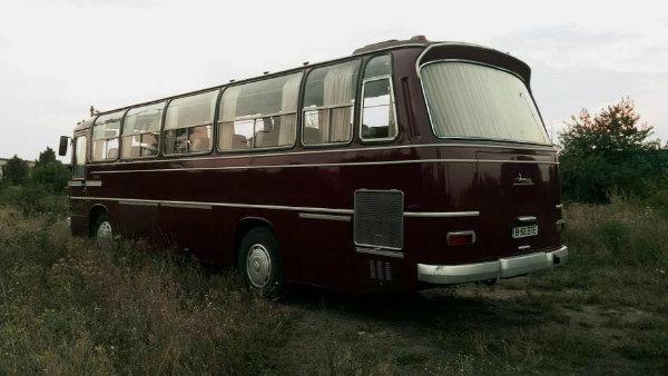 Iran National O302 bus