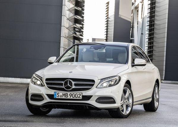 Mercedes-Benz-C-Class_2015