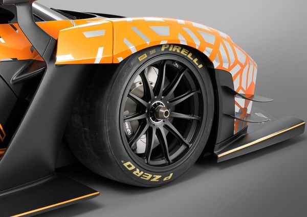 McLaren Geneva Motorshow 2018 (12)