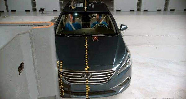 passenger-side-small-overlap-front-crash-test-iihs