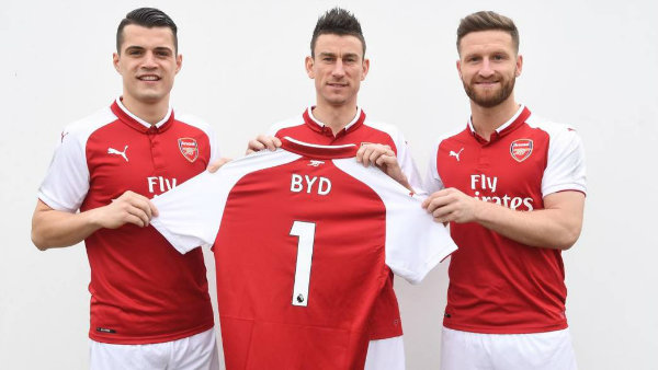 3 Players with BYD shirt (1)