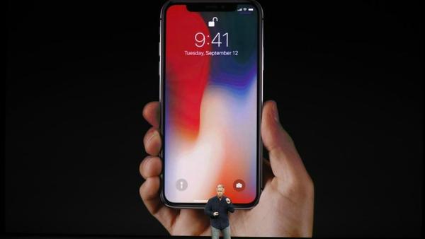 آیفون های امسال اپل باز هم گران تر می شوند