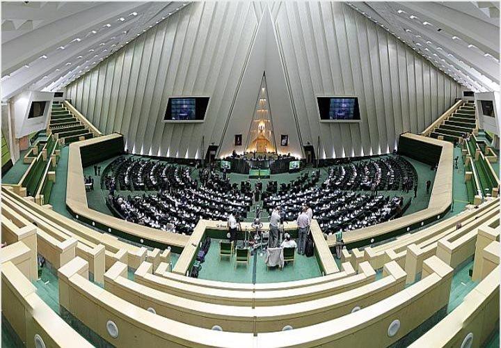 مجلس نظارت بر روند تولیدات حرفهای فضای مجازی را به صداوسیما (ساترا) سپرد