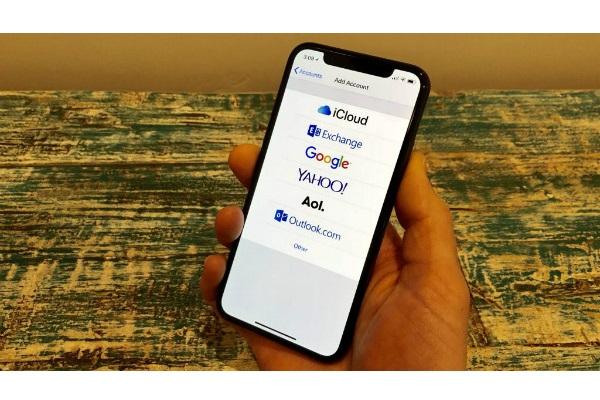 کشف نقص های امنیتی در نرم افزار ایمیل اپل