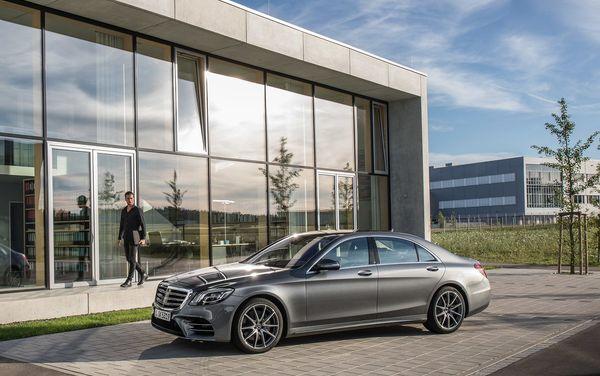 Mercedes-Benz-S-Class-2018