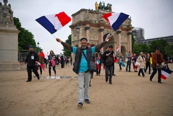 دولت فرانسه به خاطر غصب نام دامنه France.com به دادگاه می رود
