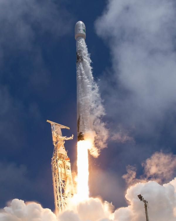 تصاویر دوربین پرتاب فالکون 9 ناسا اسپیس اکس
