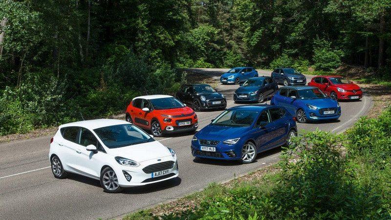 10 خودرو پر فروش بازار انگلیس؛ از فولکس واگن تا مرسدس بنز