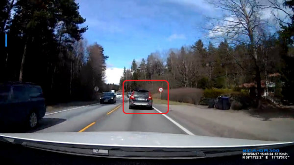 BRUTAL HEAD-ON TRUCK COLLISION SHOWS VOLVOS ARE AMAZINGLY SAFE (3)