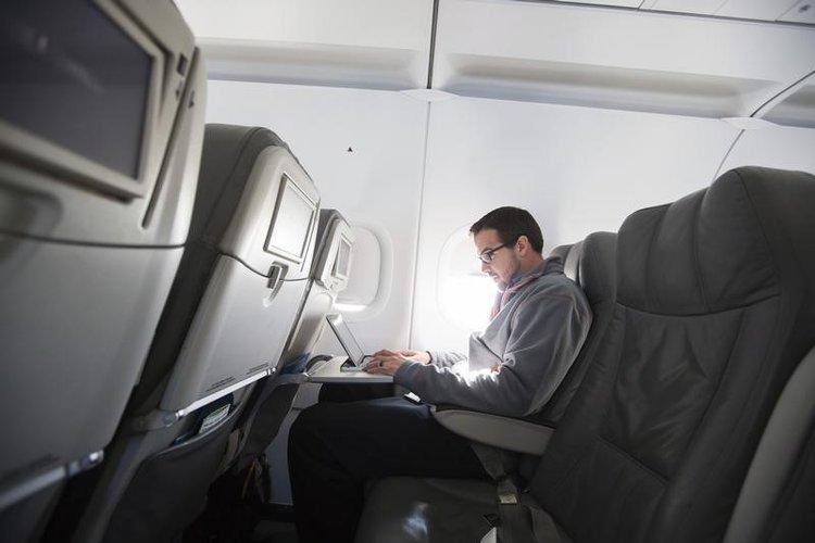 اینترنت پر سرعت هواپیما