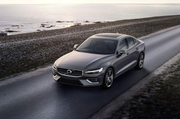 Volvo-S60-2019-800-0c