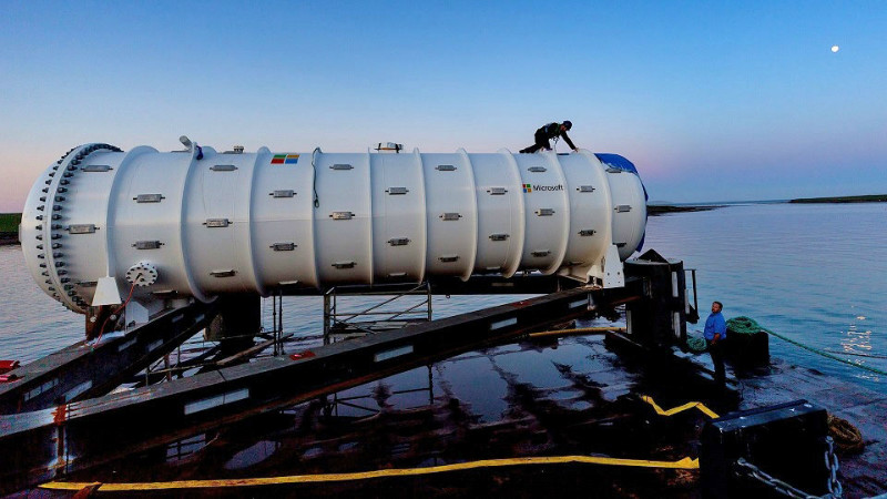 dims w800 2 - مایکروسافت حیات جانوری کنار دیتاسنتر زیردریایی را به نمایش می گذارد
