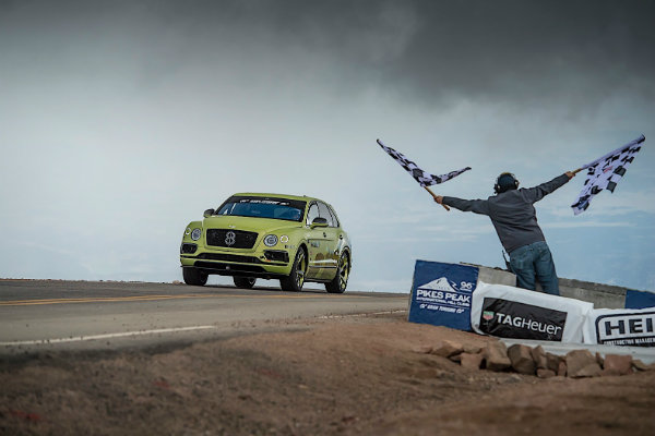rhys-millen-sets-pikes-peak-hill-climb-record-for-suvs-in-a-bentley-bentayga_1