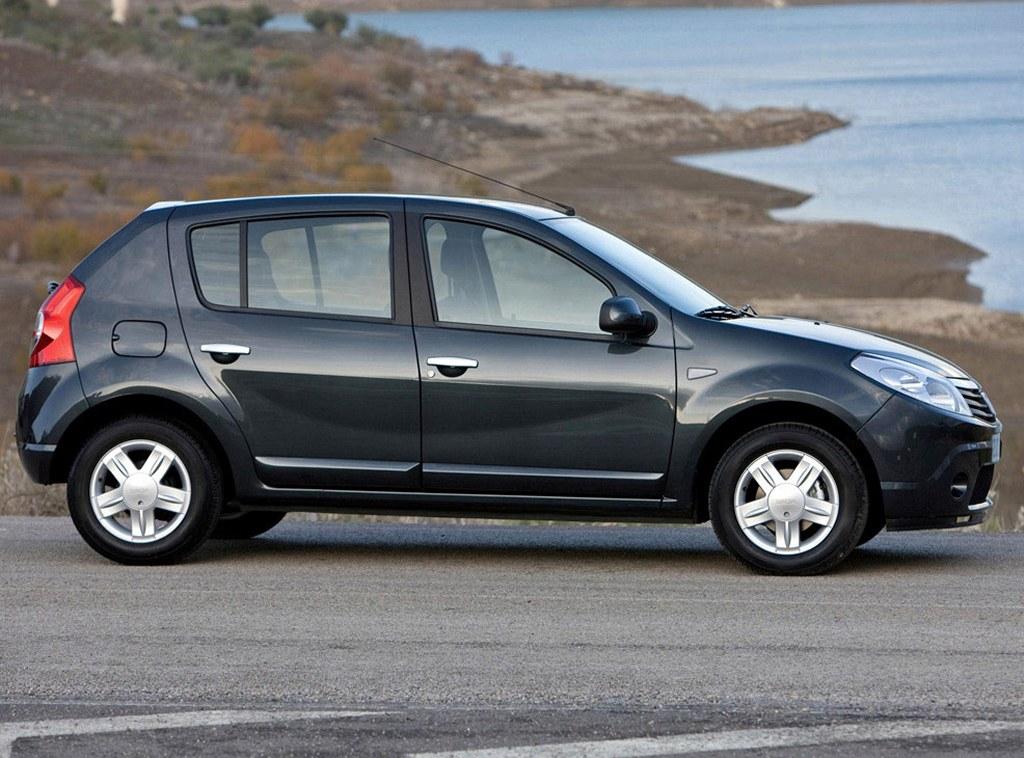 2011 Renault Sandero 2 بدرود الماس فرانسوی؛ خروج رنو از ایران در پی تحریم های آمریکا اخبار IT