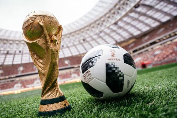 پلان؛ چرا فیفا توپ جام جهانی را هر بار تغییر می دهد؟ [تماشا کنید]