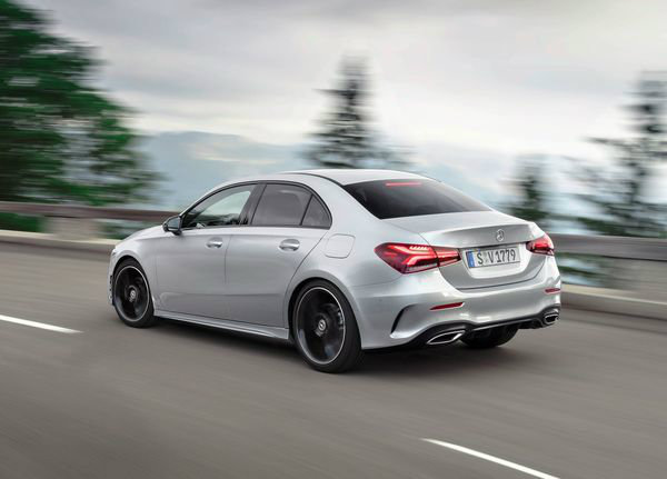 Mercedes-Benz-A-Class_Sedan-2019 (16)