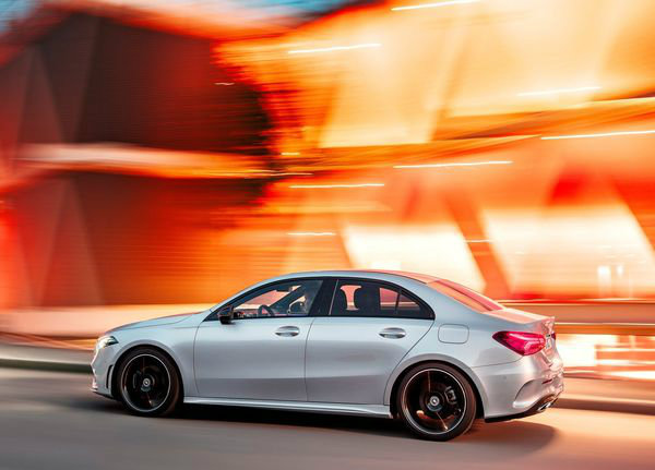 Mercedes-Benz-A-Class_Sedan-2019 (18)