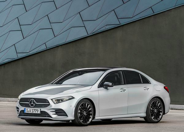 Mercedes-Benz-A-Class_Sedan-2019 (32)