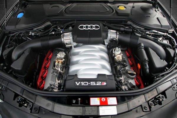 V10 5200 en S8 1 600x400 چرا موتورهای 10 سیلندر کنار گذاشته شدند و جایگزینی برای آن ها پیدا نشد اخبار IT