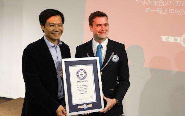 اپل آسیا رکورد دار گینس