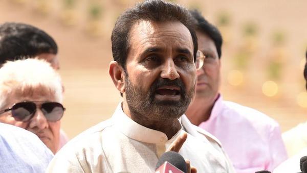 اتهامات علیه حزب حاکم هند