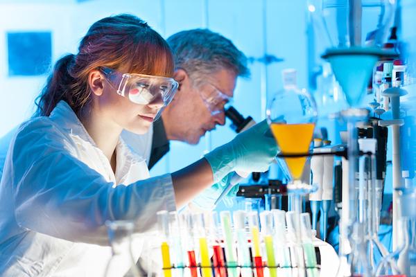 o nas - شرکت اچ پی برای جلوگیری از مقاومت آنتی بیوتیکی دارو پرینت میکند