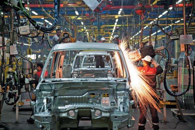 احتمال تعطیلی صنعت خودروسازی از شهریورماه امسال