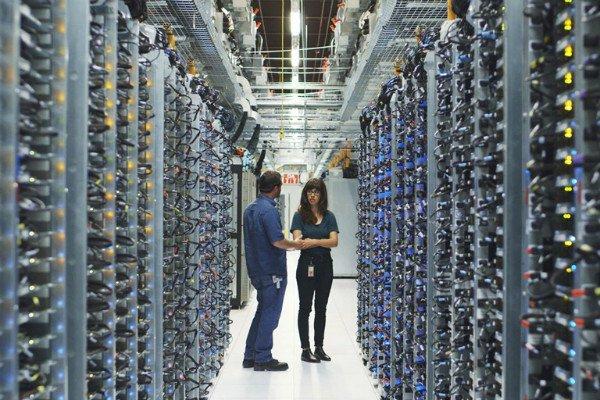 ۲ 7 - استفاده گوگل از هوش مصنوعی برای خنک سازی دیتاسنترها