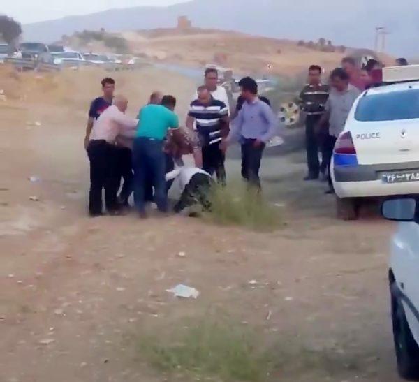 حمله به پلیس