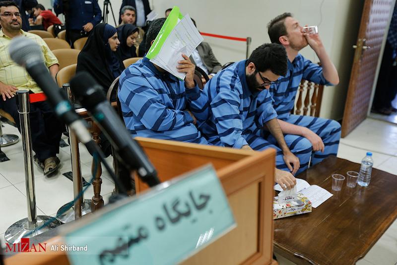 در دومین جلسه محاکمه واردکنندگان موبایل چه گذشت؟