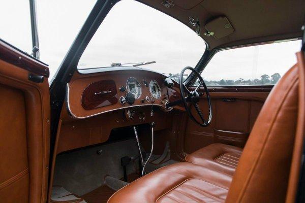 1937 Alfa Romeo 8C 2900B Touring Berlinetta (2)