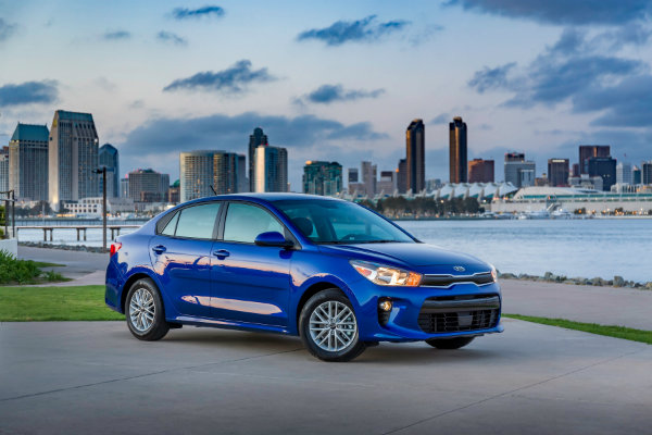 2018-kia-rio-lands-in-new-york-in-sedan-and-hatchback-body-styles-116894_1